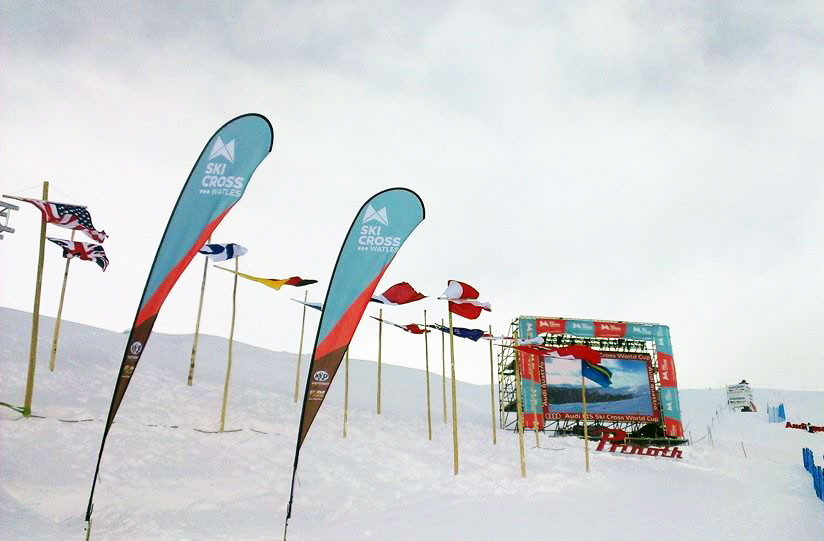 Ski Cross Watles Flags